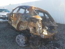 Porsche Macan Turbo met Brandschade