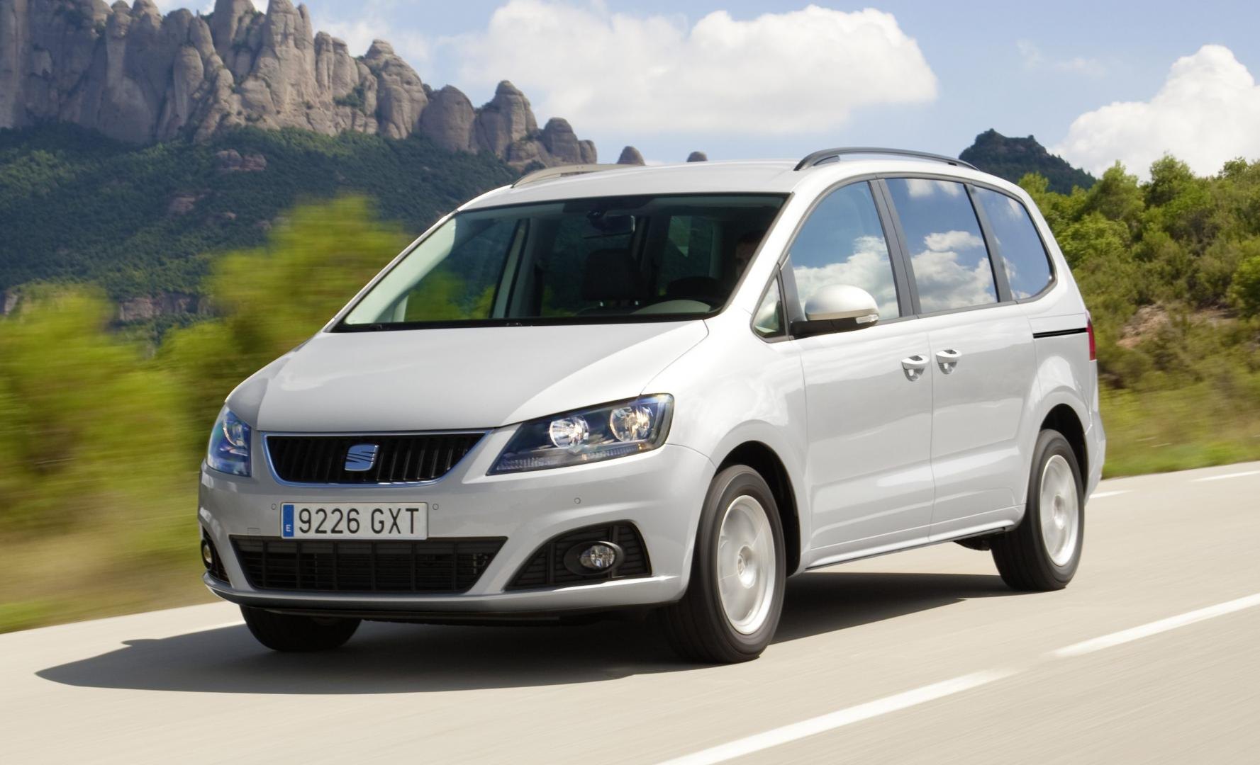 seat alhambra 2 0 tsi 200 pk dsg style 2012 test en. Black Bedroom Furniture Sets. Home Design Ideas