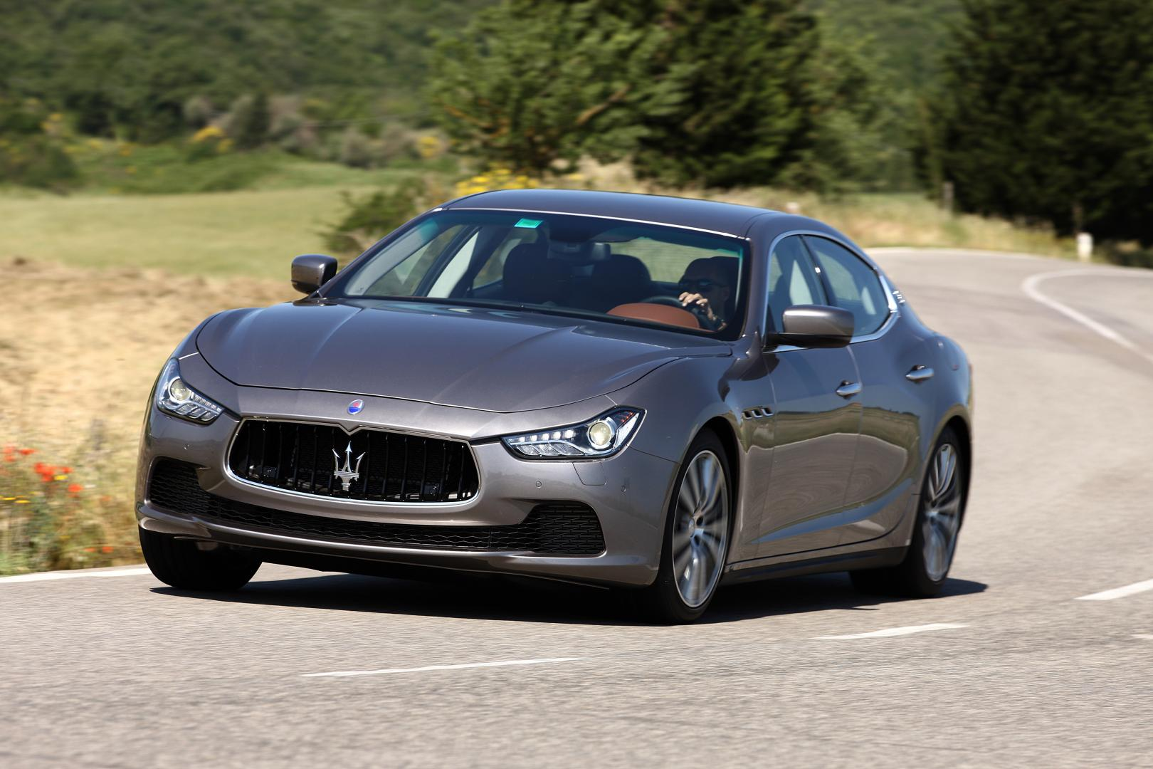 maserati ghibli diesel 2013 test en specificaties. Black Bedroom Furniture Sets. Home Design Ideas