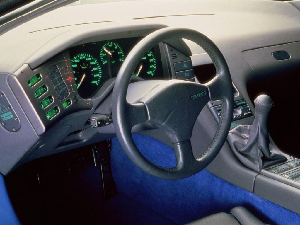 Peugeot Oxia interieur (1988)