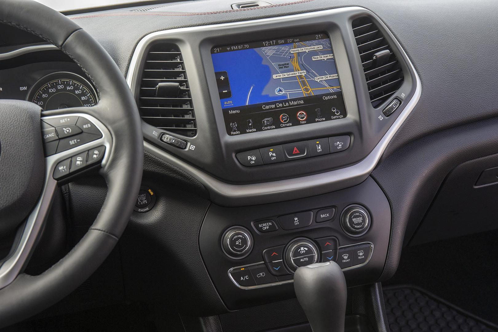 Jeep Cherokee 2.0 Limited middenconsole (2014)