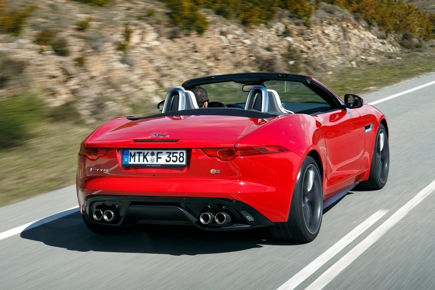 Jaguar F-type V8 S Convertible (2014)