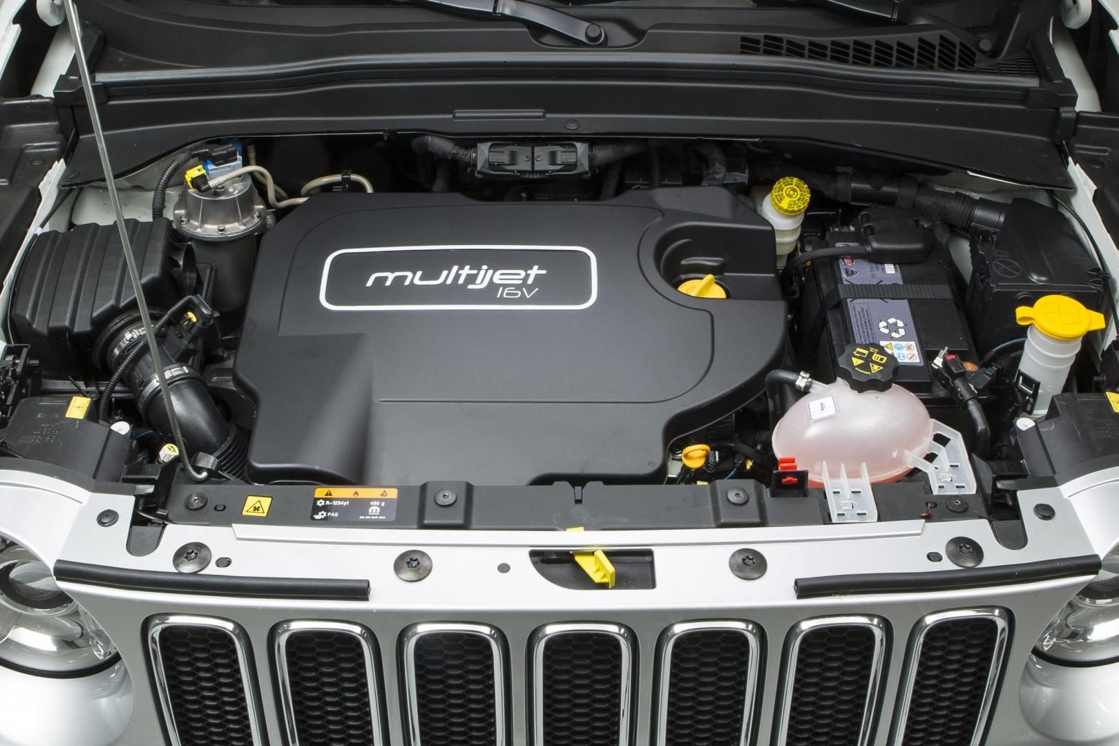 Jeep Renegade 2.0 Limited 4WD motor (2014)