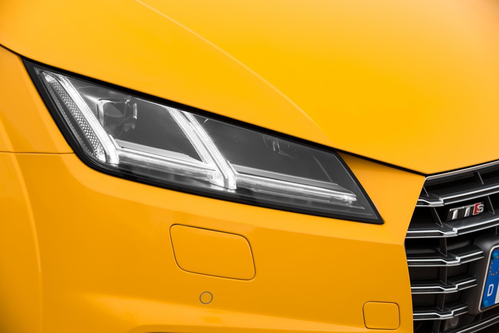 Audi TTS Roadster koplamp (2015)