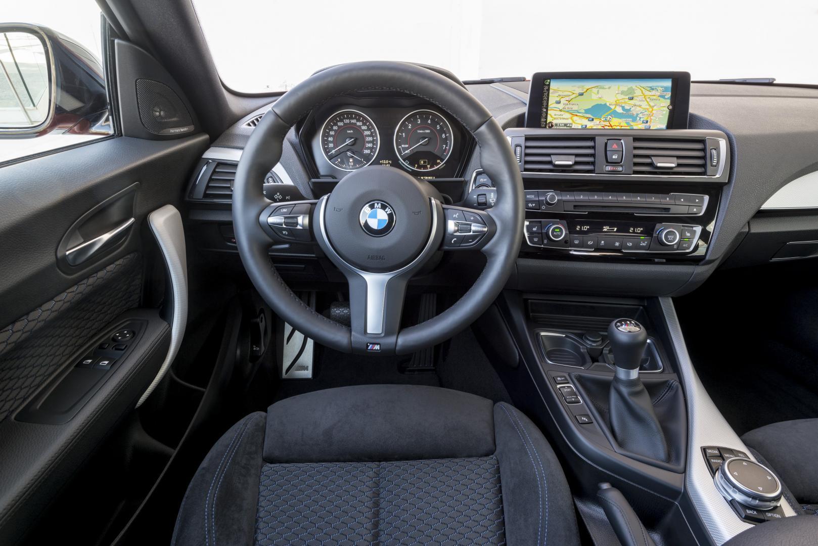 BMW M135i 2015 interieur