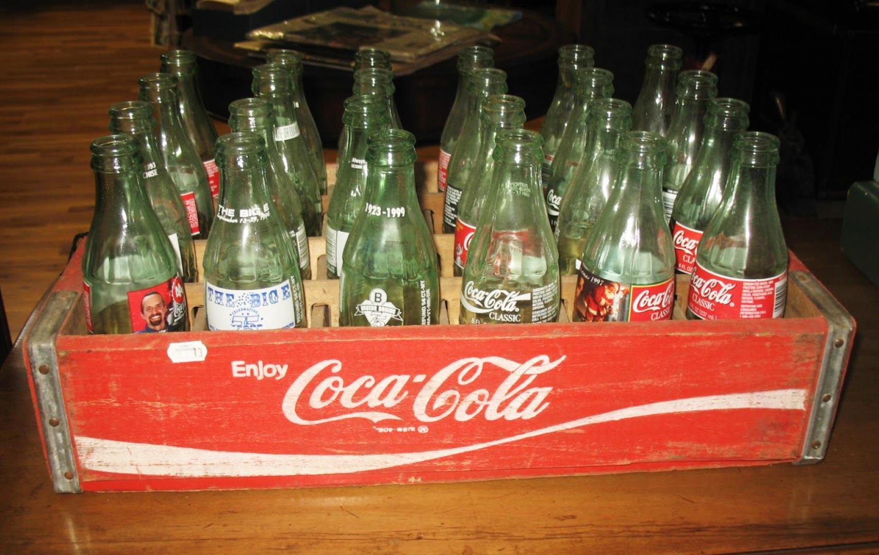 Designuitstapjes: Coca-Cola flesjes door Raymond Loewry