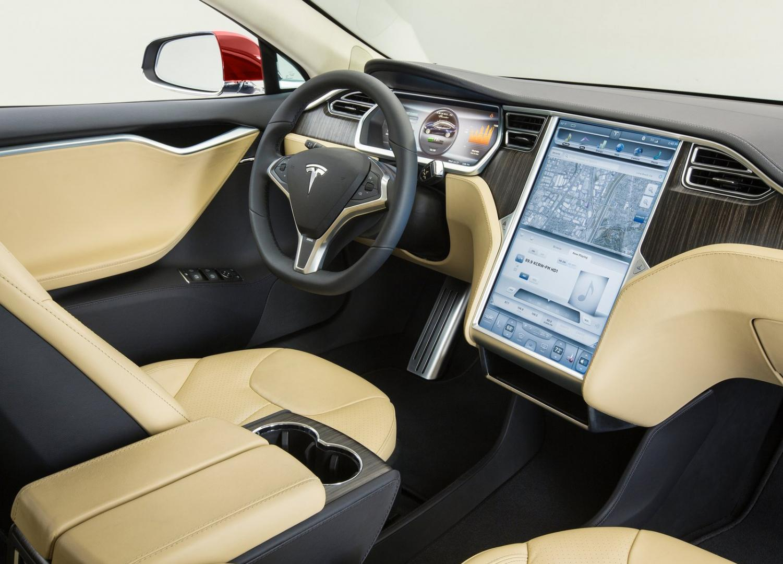 Tesla Model S P90D Ludicrous interieur (2016)