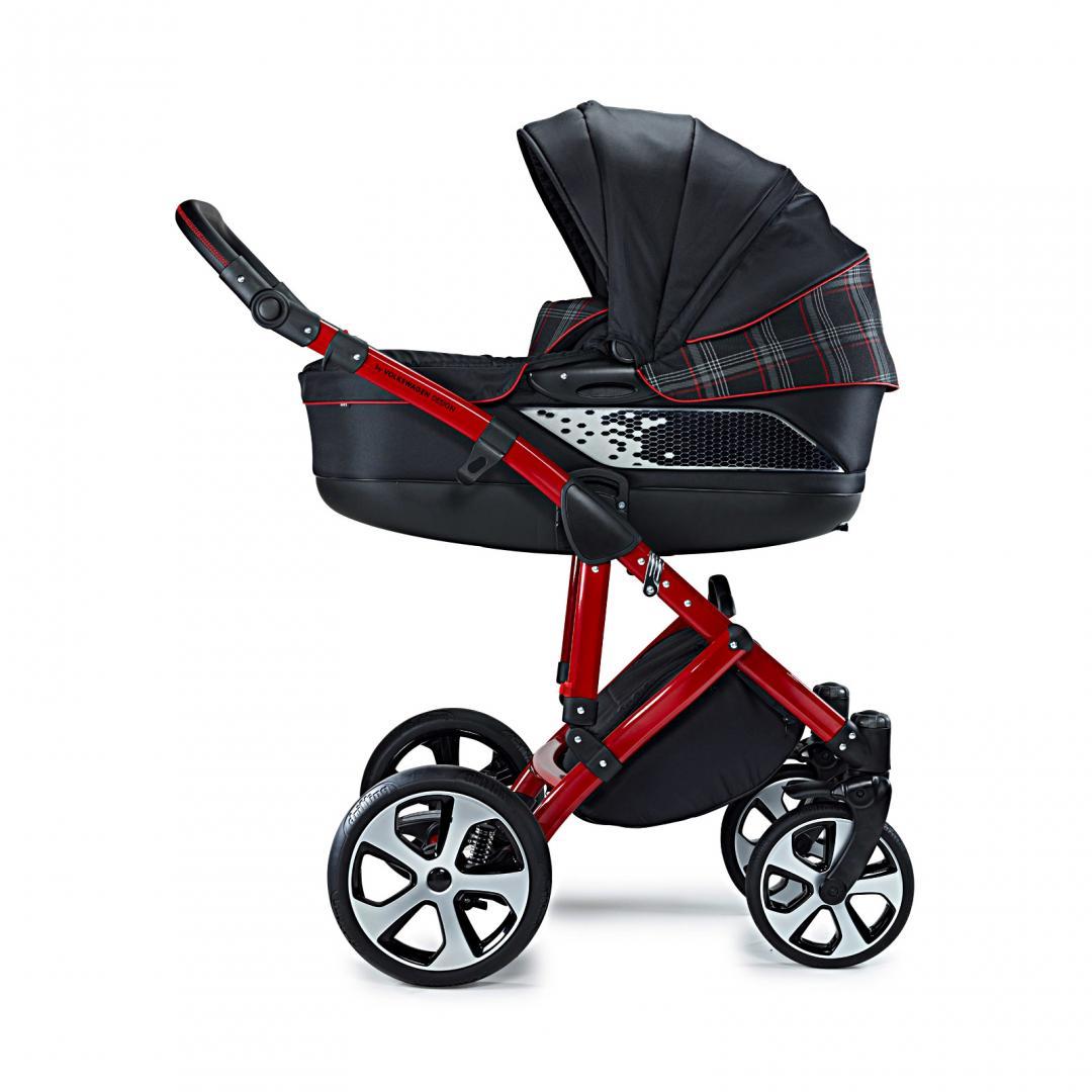 volkswagen gti kinderwagen voor coole ouders topgear. Black Bedroom Furniture Sets. Home Design Ideas