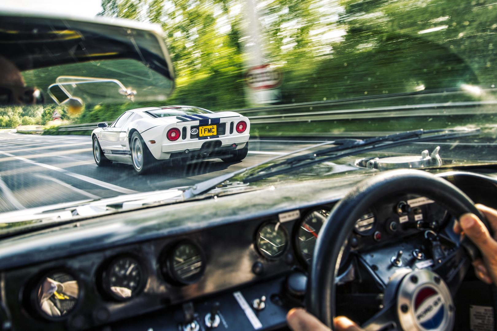 Ford GT40 vs Ford GT