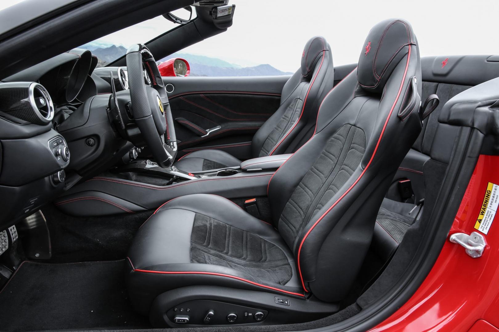 Ferrari California T Handling Speciale interieur (2016)