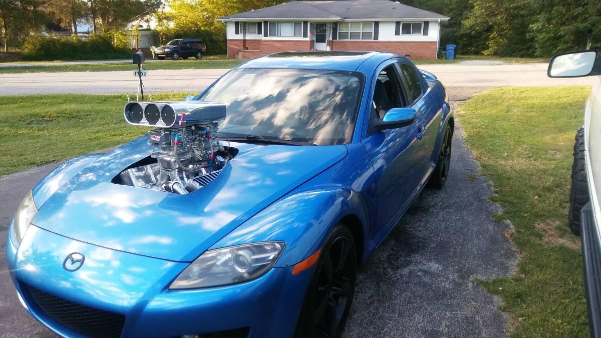 Mazda RX-8 met V8
