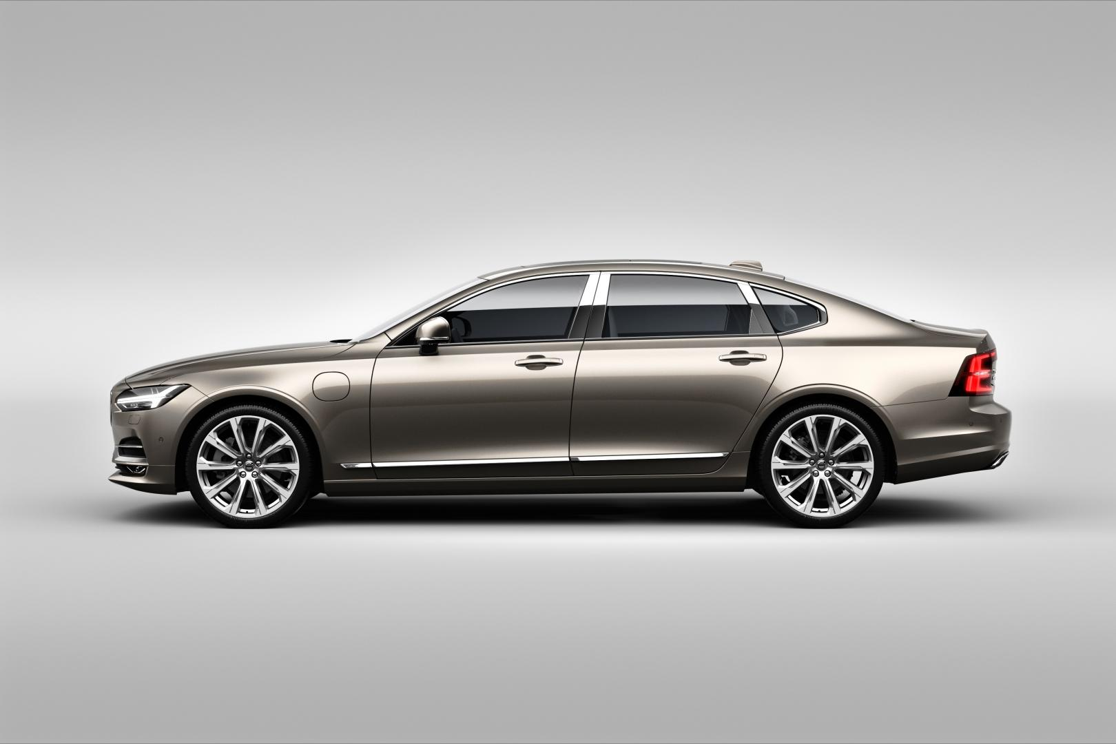 volvo s90 excellence is de auto voor mensen die graag gereden worden. Black Bedroom Furniture Sets. Home Design Ideas