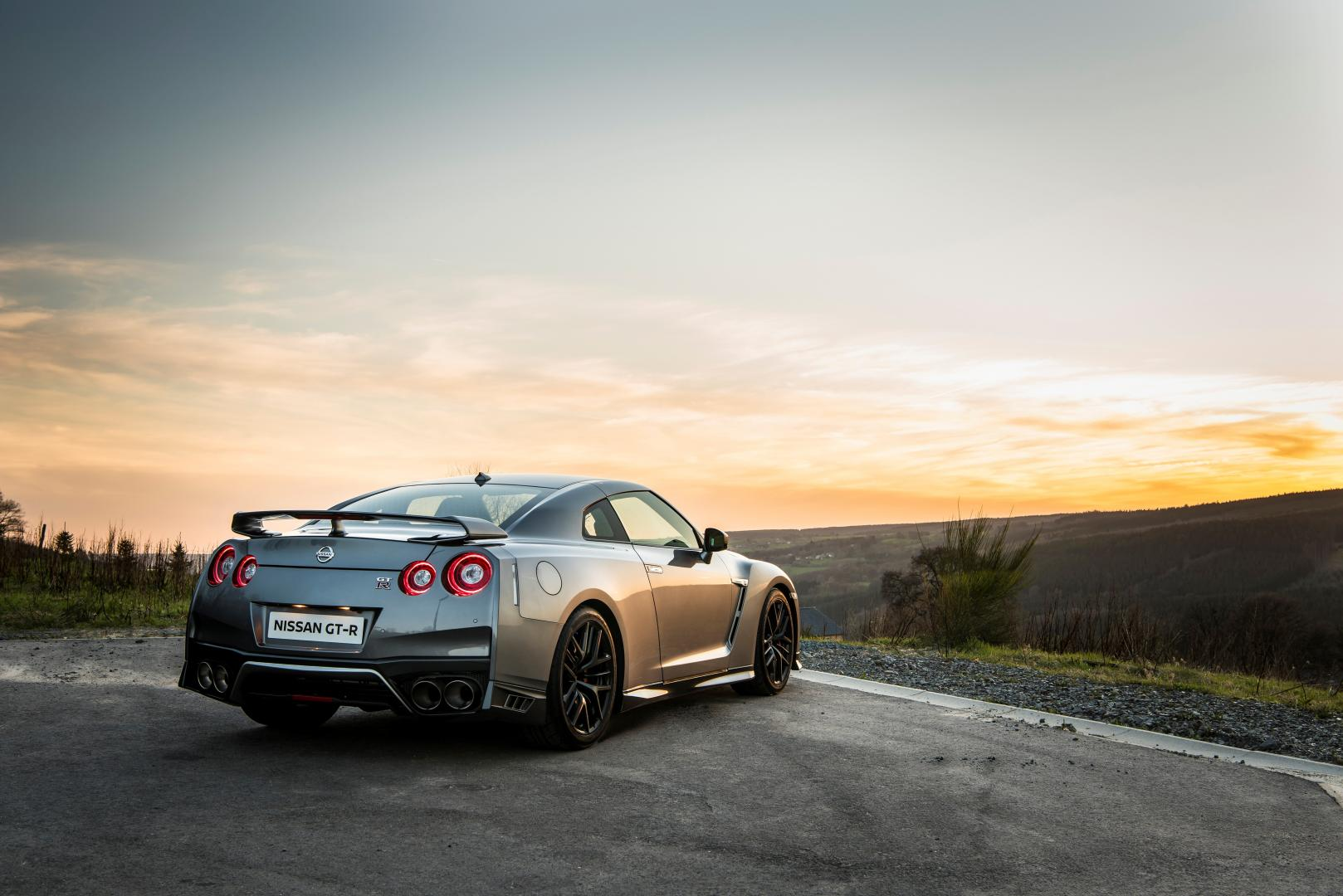 nissan gt r black edition autotest en specificaties banzai. Black Bedroom Furniture Sets. Home Design Ideas