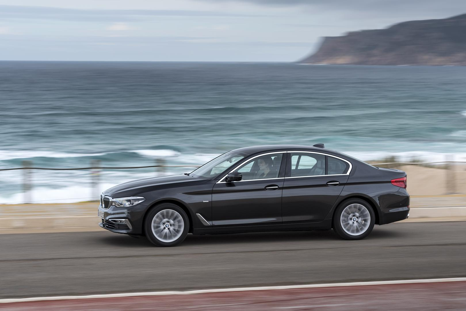 bmw-530d-xdrive-luxery-drive-test-2017
