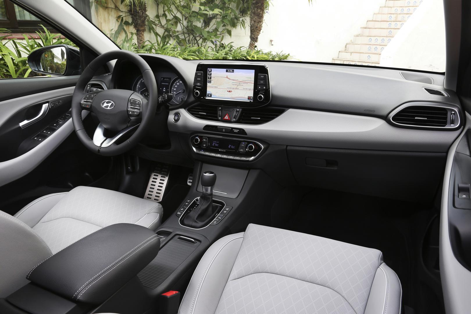 Hyundai i30 1.4 T-GDI Premium DCT
