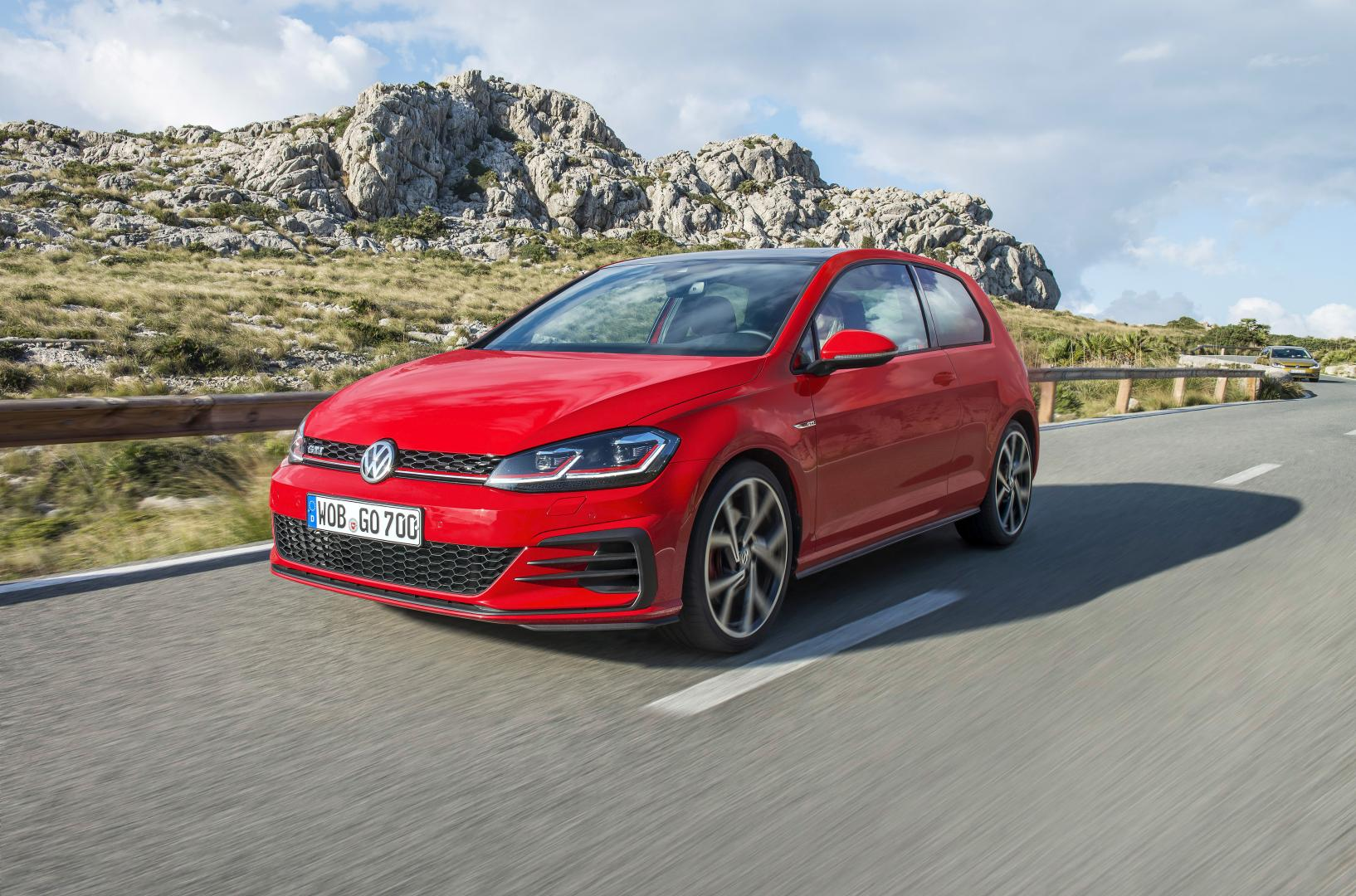 volkswagen golf 7 gti 2017 autotest en specificaties. Black Bedroom Furniture Sets. Home Design Ideas