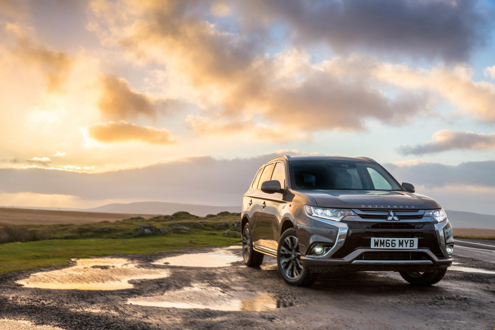 Mitsubishi Outlander Phev Niet Opladen In Het Buitenland Topgear