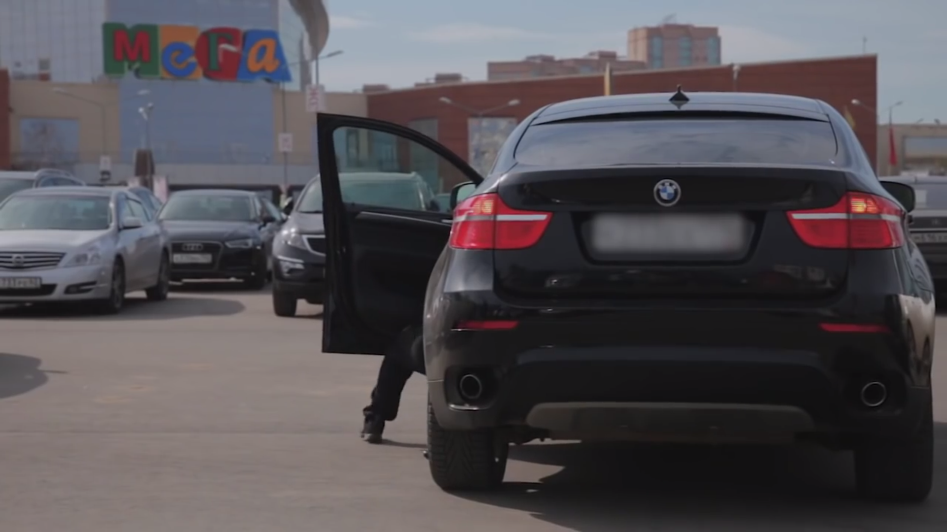 BMW X6 gestolen
