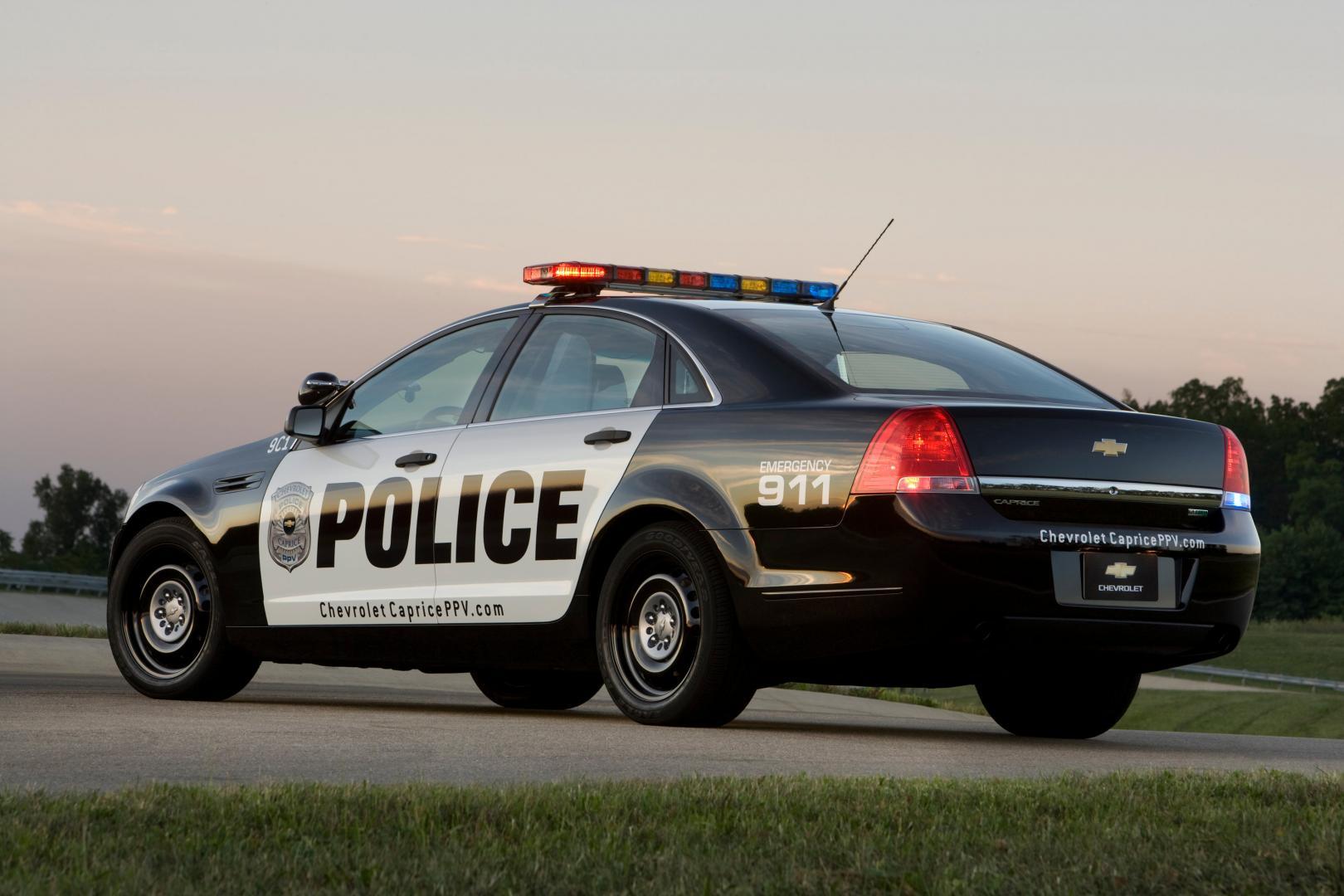Amerikaanse Politieauto S Zijn Vervelend Goedkoop Topgear