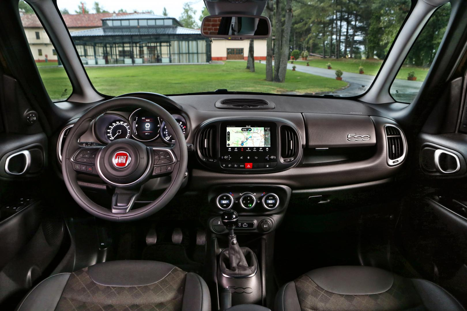fiat 500l 1 4 t jet autotest en specificaties topgear nederland. Black Bedroom Furniture Sets. Home Design Ideas