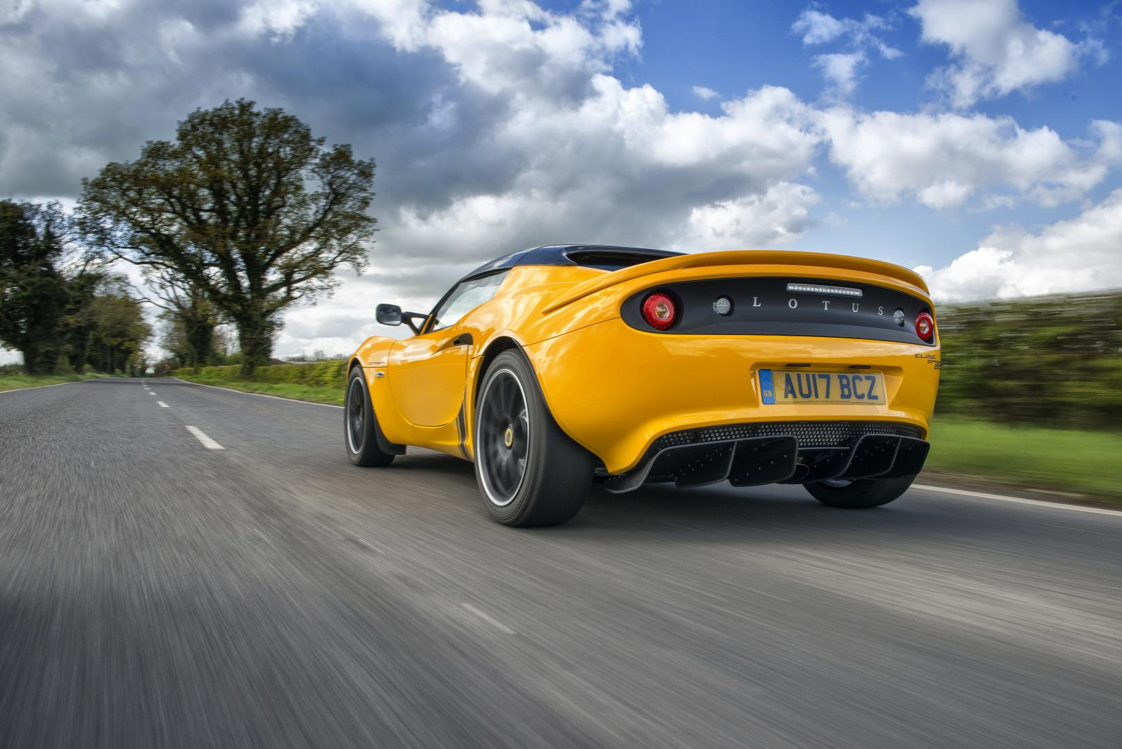lotus elise 220 sprint autotest en specificaties topgear nederland. Black Bedroom Furniture Sets. Home Design Ideas
