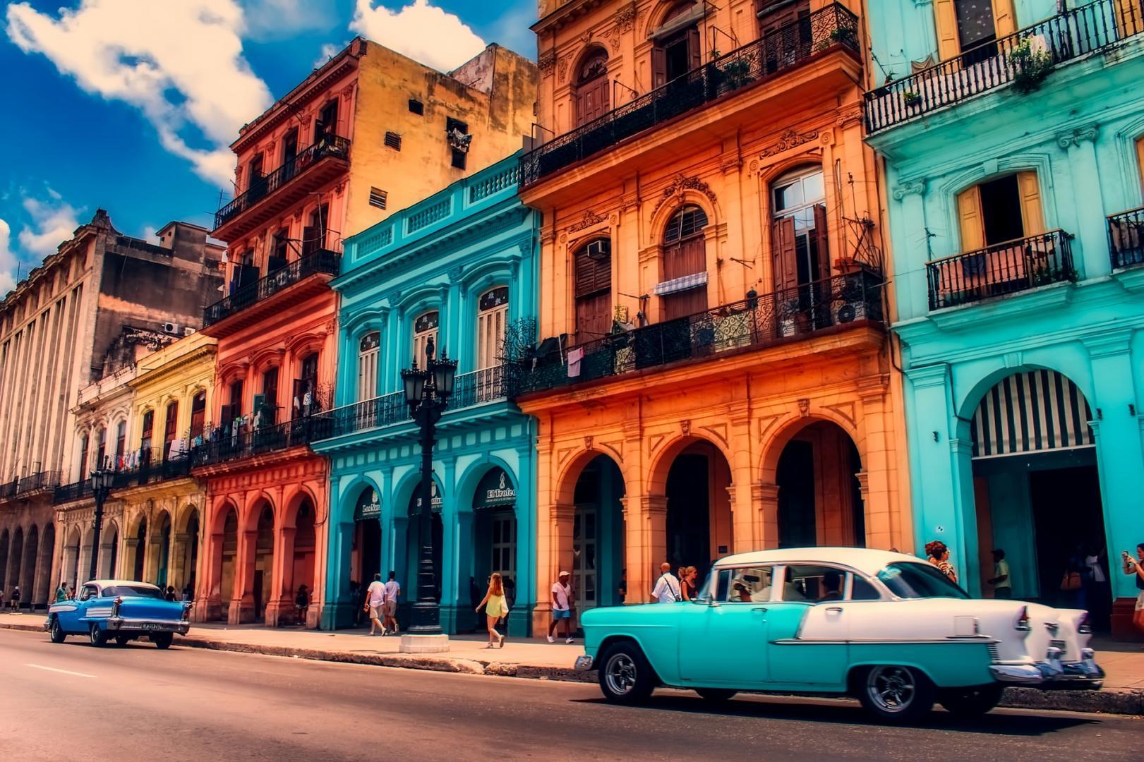 Nederlandse Den Oudsten-bussen in Cuba