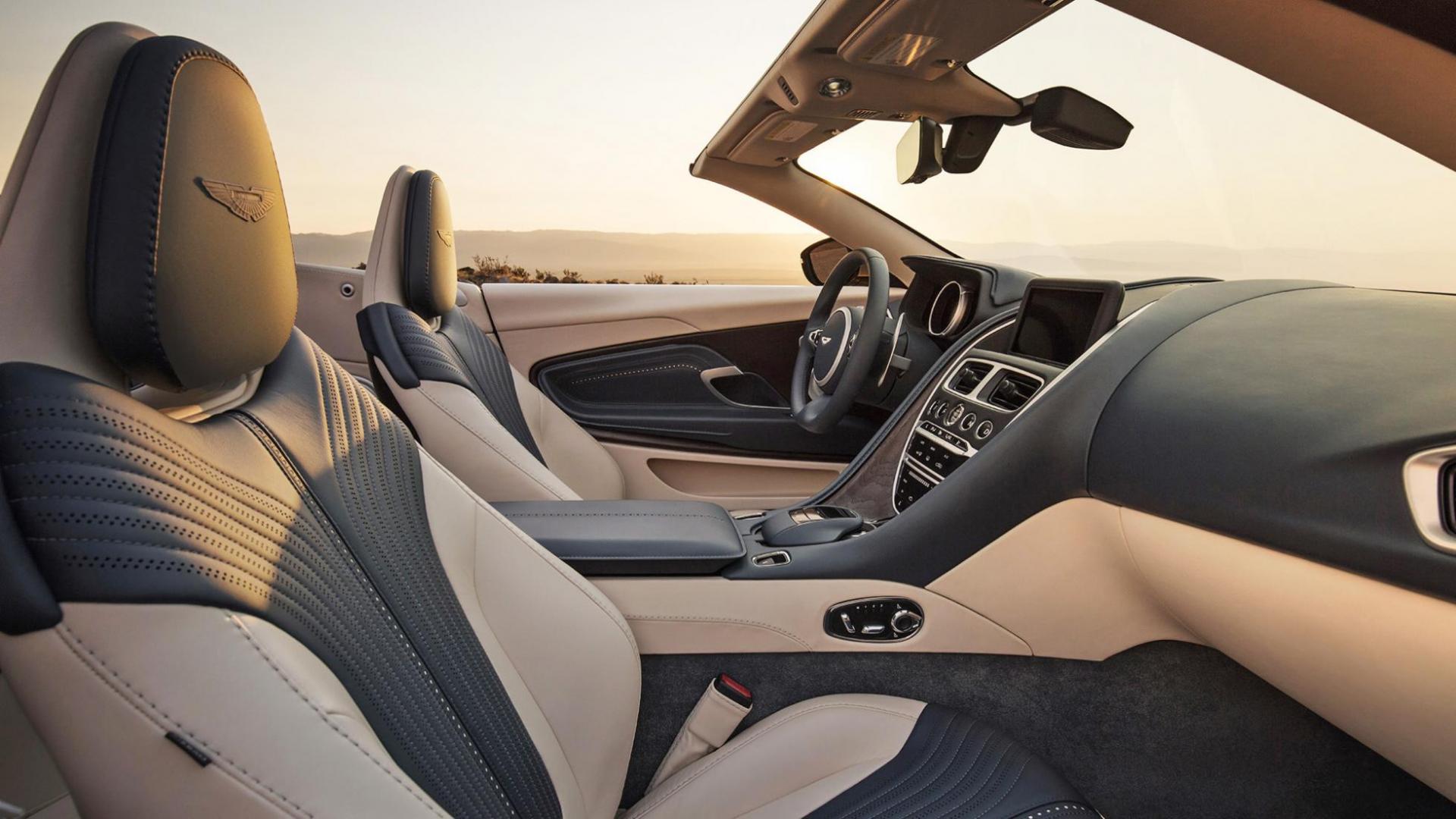 Aston Martin DB11 Volante komt net op tijd voor de herfst