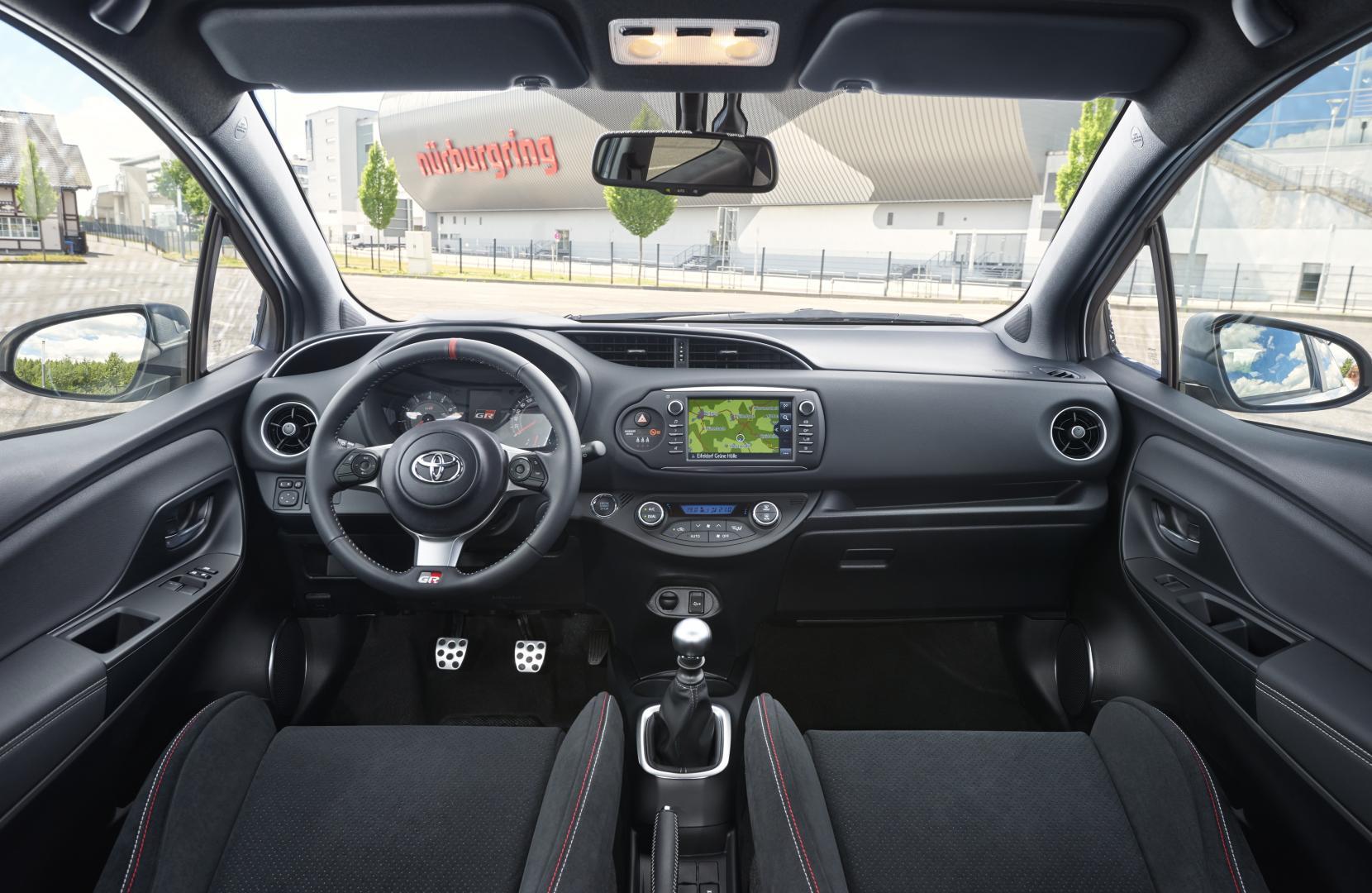 Toyota Yaris Grmn 2017 Test En Specificaties Topgear