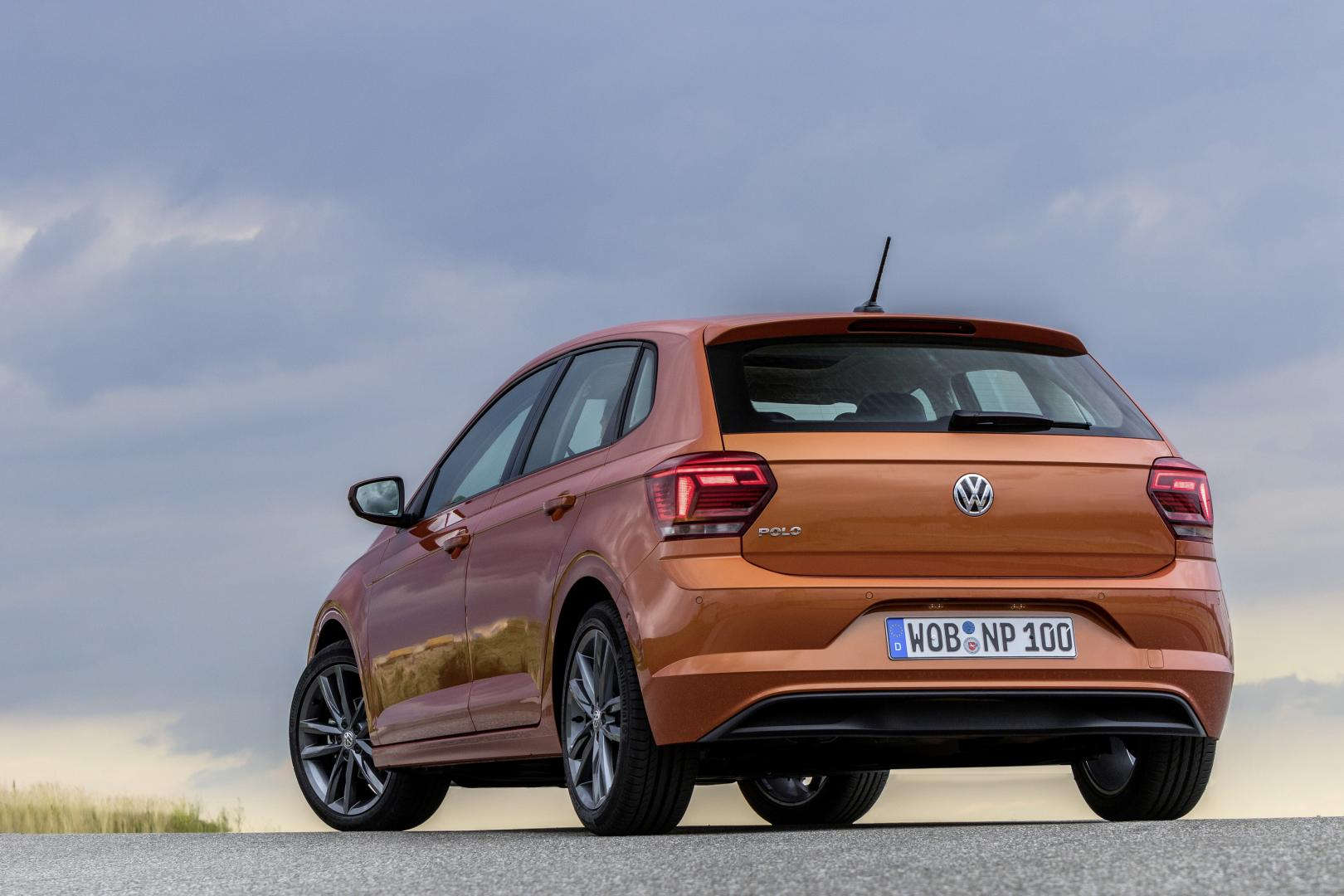 volkswagen polo 1 0 tsi 2017 test en specificaties topgear. Black Bedroom Furniture Sets. Home Design Ideas