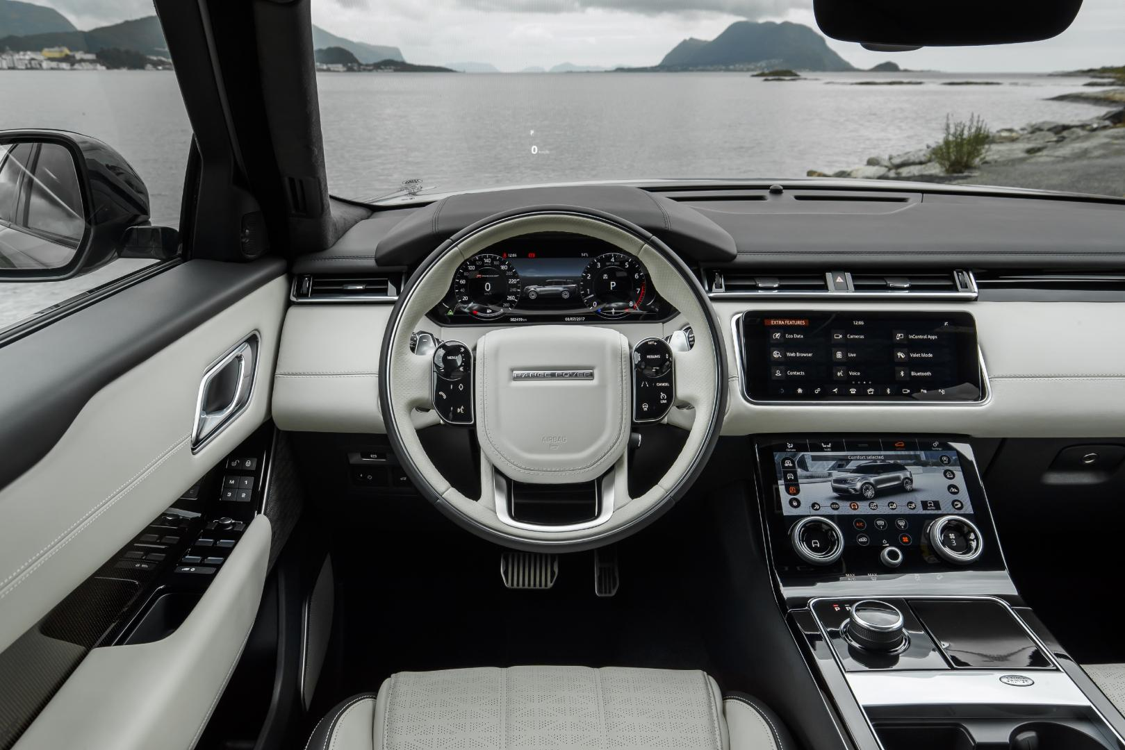 Land rover range rover velar p380 hse first edition for Interieur range rover velar