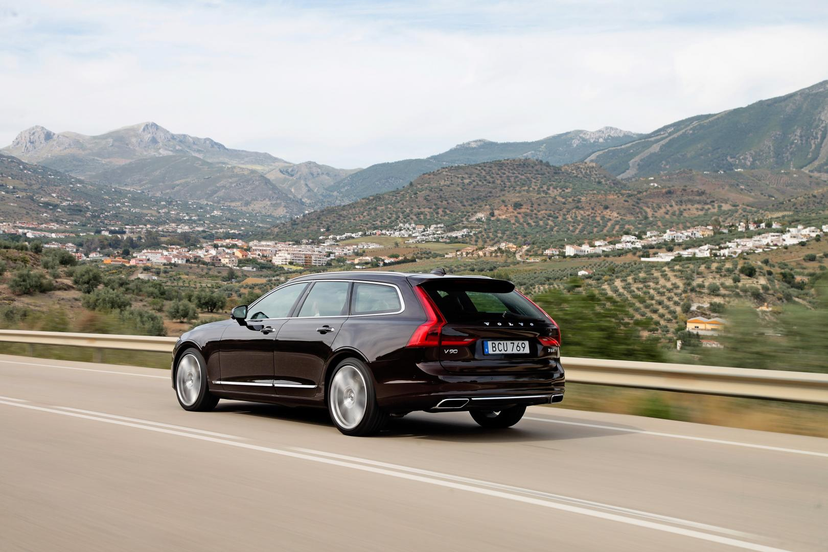volvo v90 t8 twin engine autotest en specificaties. Black Bedroom Furniture Sets. Home Design Ideas