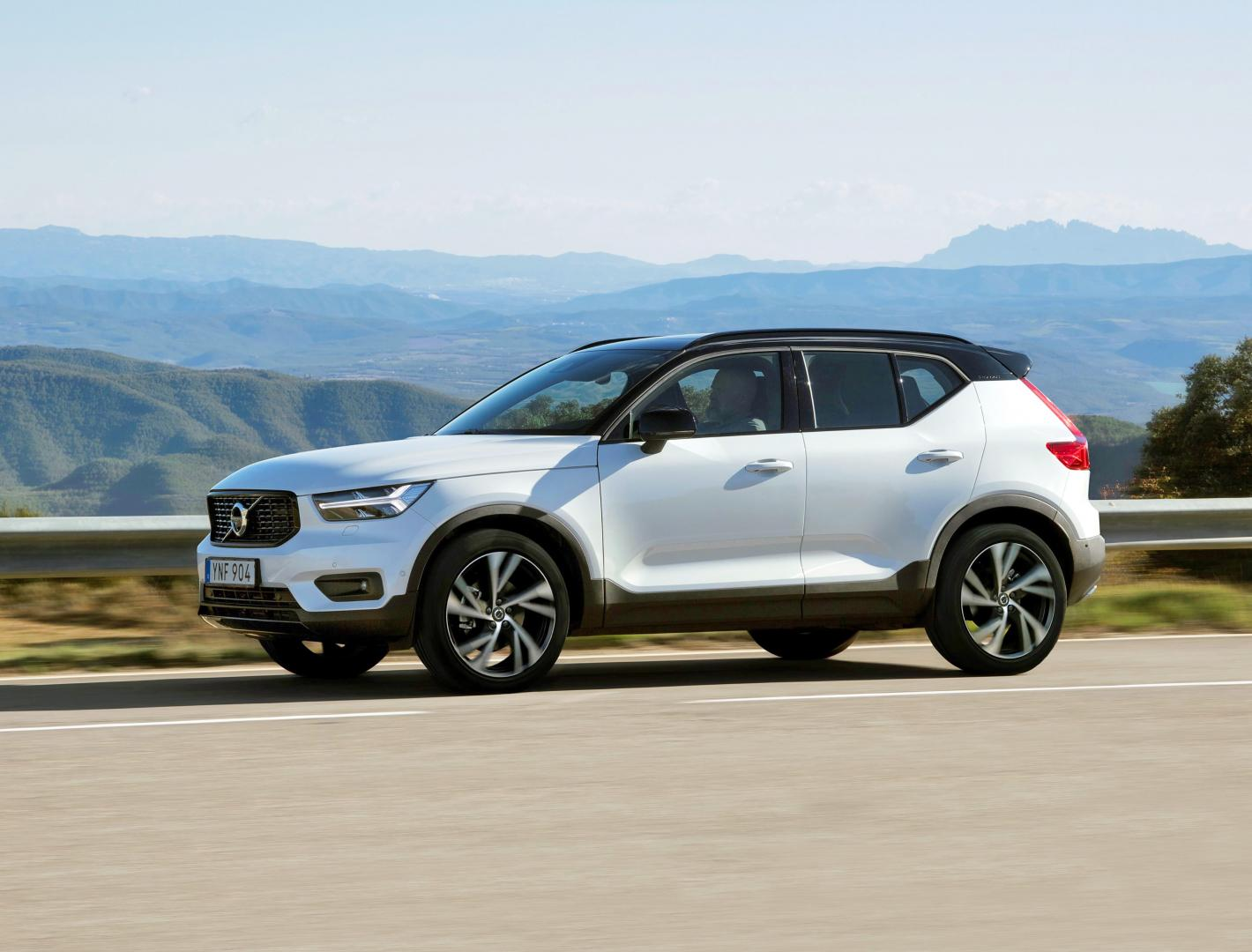 volvo xc40 t5 awd r design 2018 test en specificaties topgear. Black Bedroom Furniture Sets. Home Design Ideas