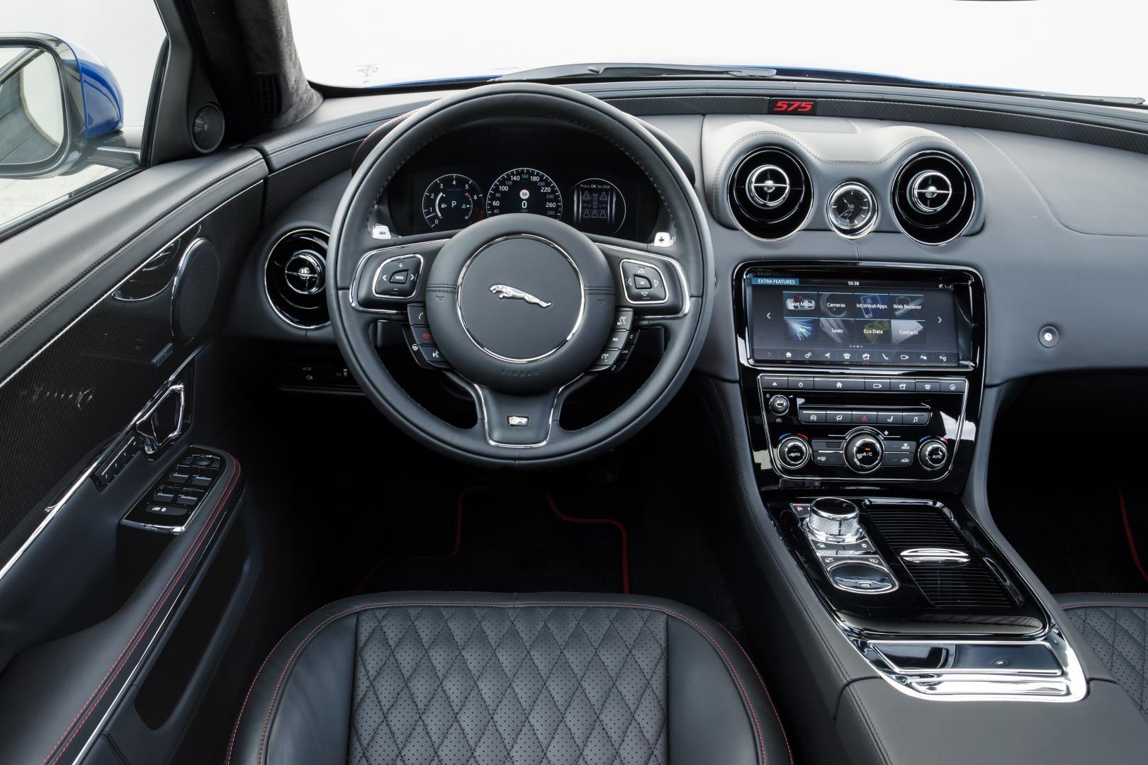 Jaguar XJR 575 LWB