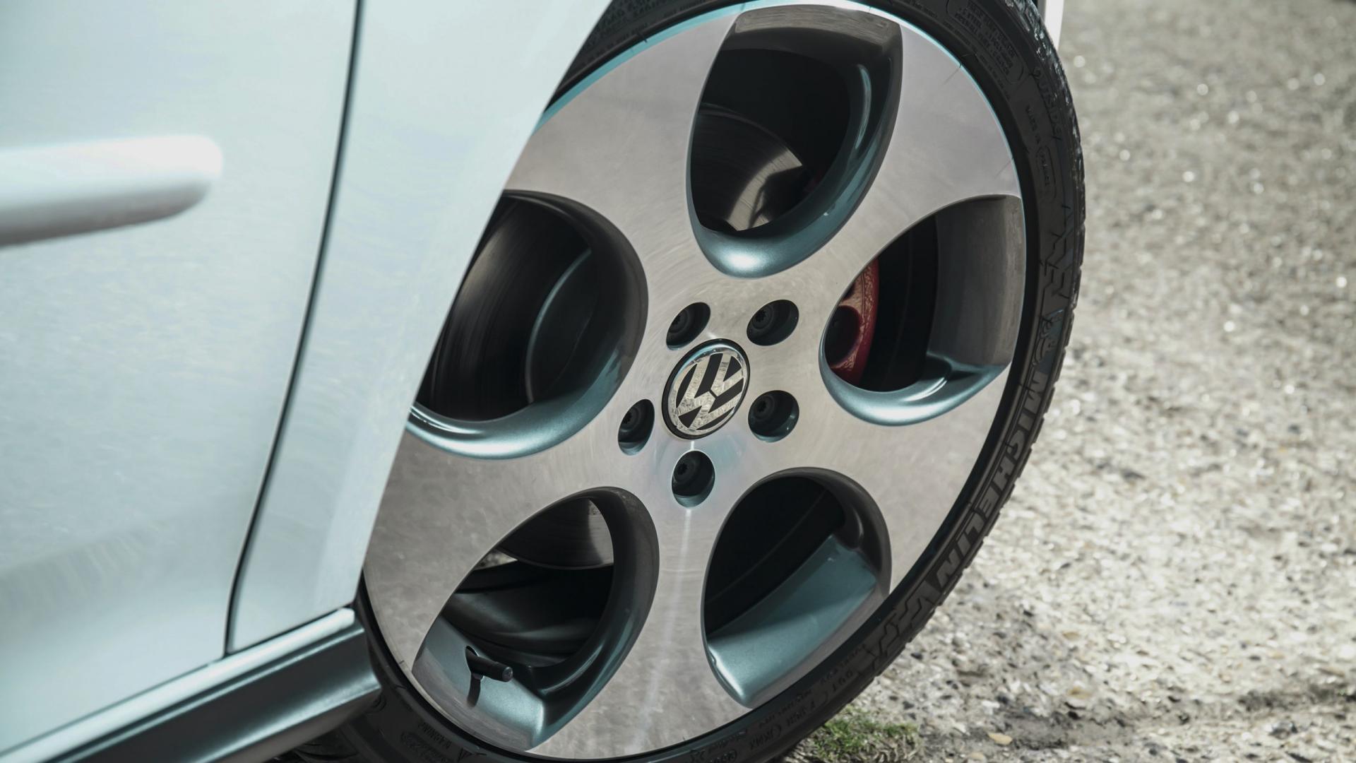 tweedehands Golf V GTI auto de beste hot hatches volkswagen golf 5 gti