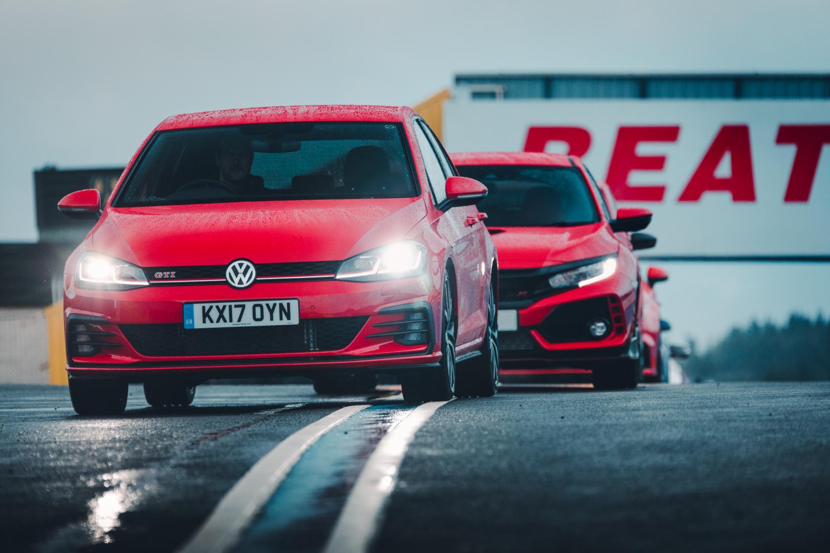 Volkswagen Golf Gti vs honda civic type-r