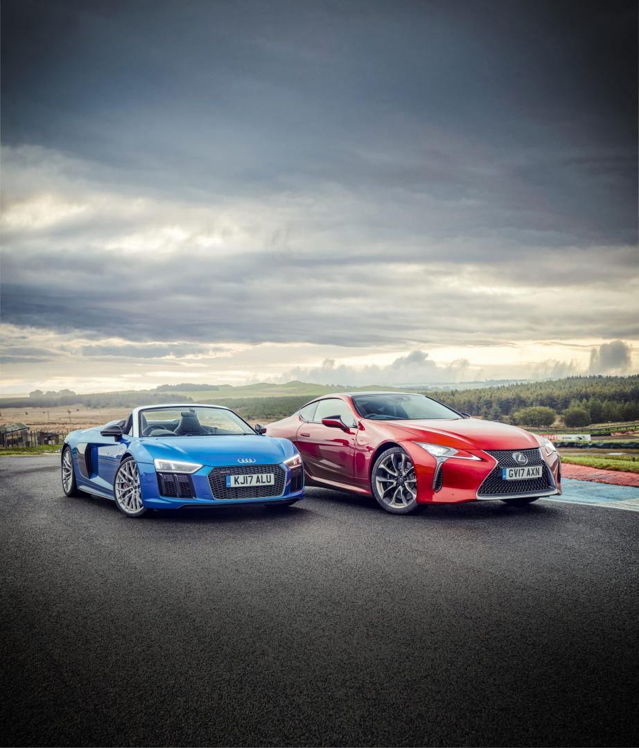 Audi R8 vs Lexus LC500