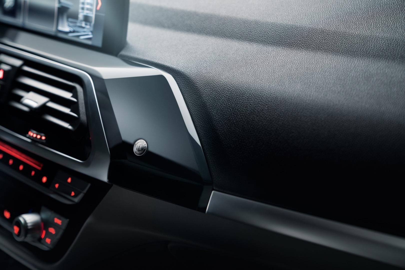Alpina XD3 2018 interieur