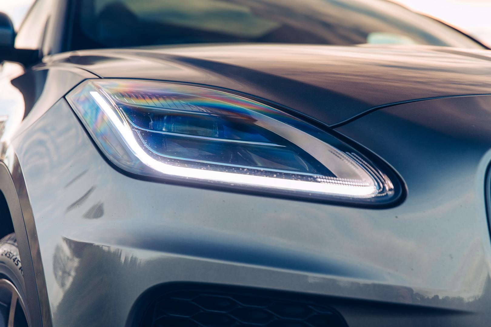 Jaguar E-Pace P300 R-Dynamic HSE koplamp (2018)