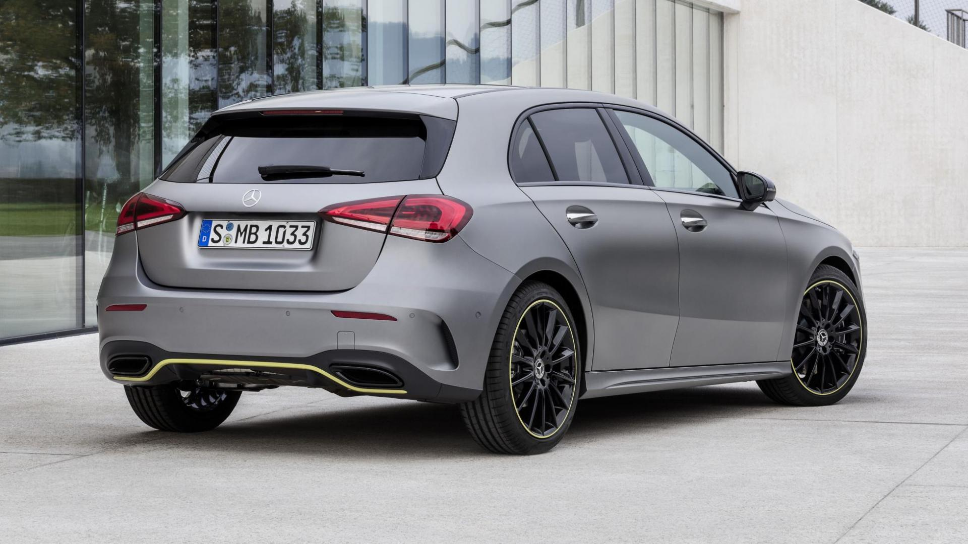 Nieuwe Mercedes A-klasse 2018 grijs voor