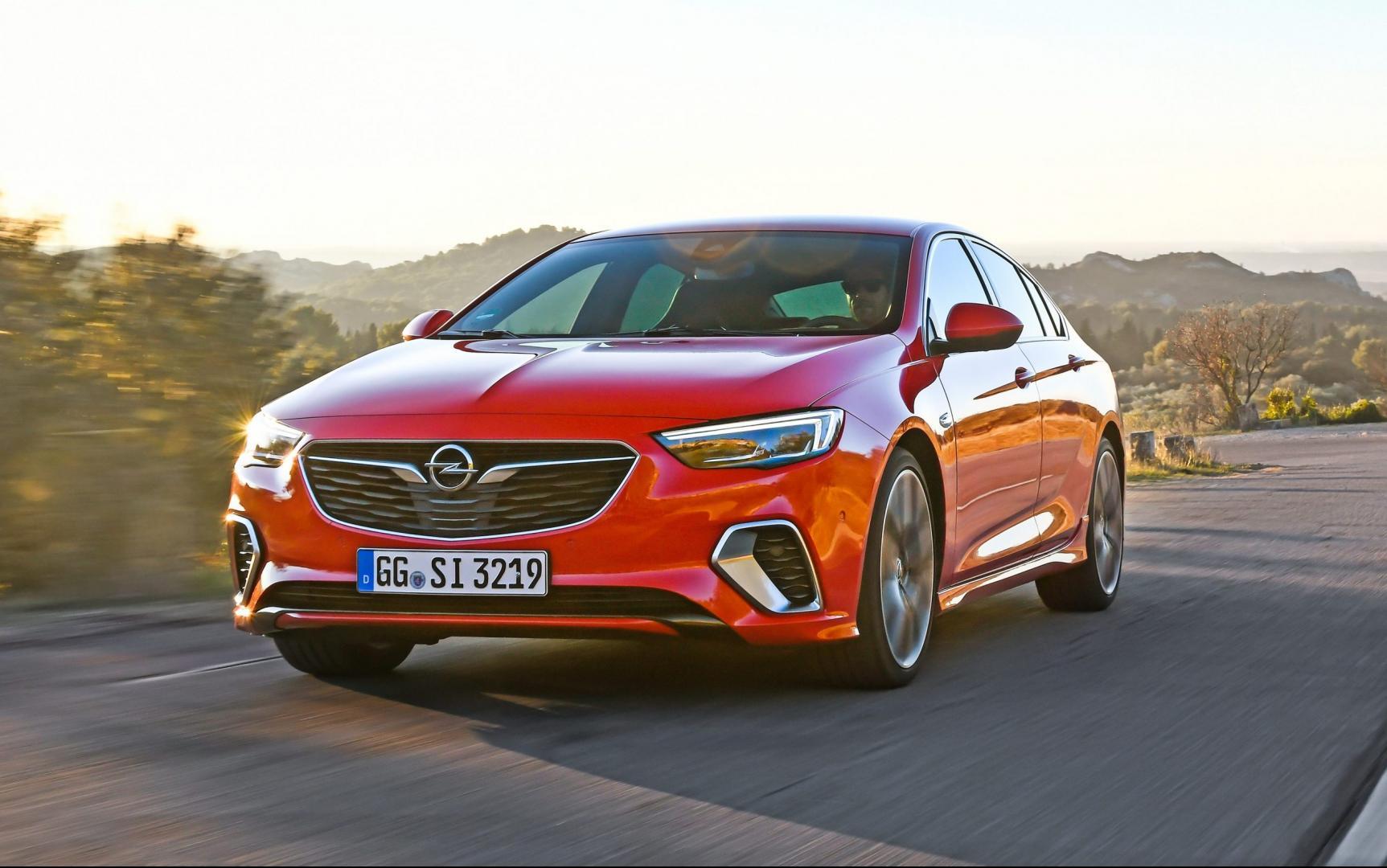 Opel Insignia GSi 2018 rood