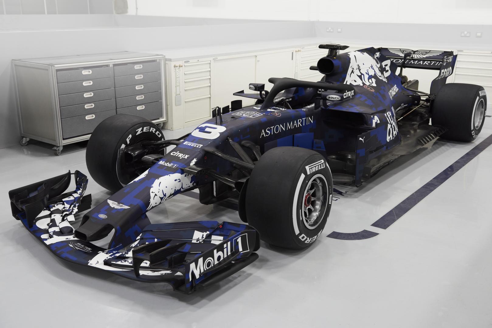 Red Bull RB14 f1-auto van max verstappen