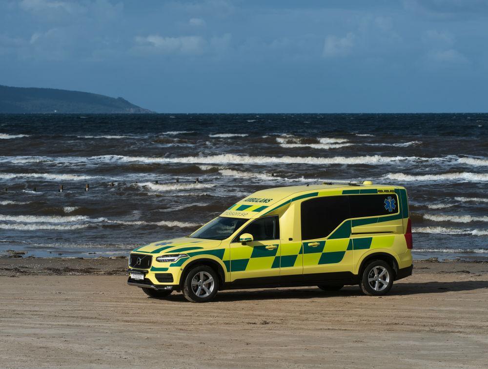 volvo xc90 ambulance nederland