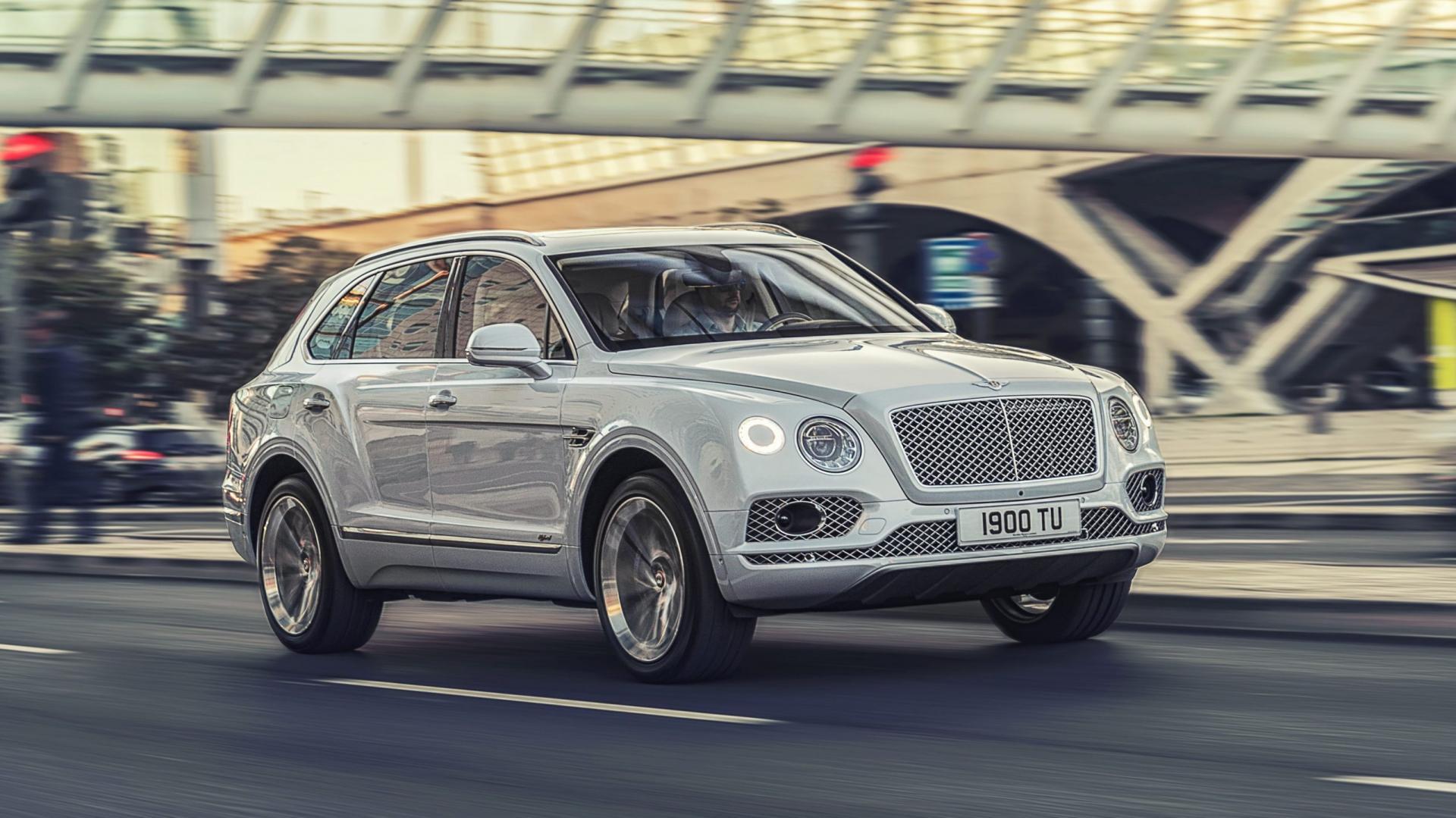 Bentley Bentayga Hybrid rechtsvoor rijdend