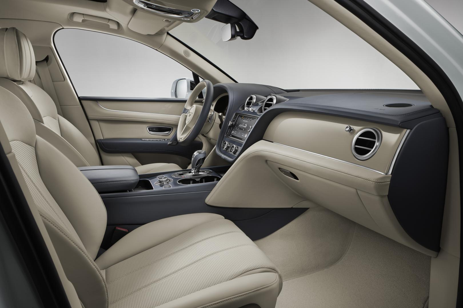 Bentley Bentayga Hybrid stoelen voorin