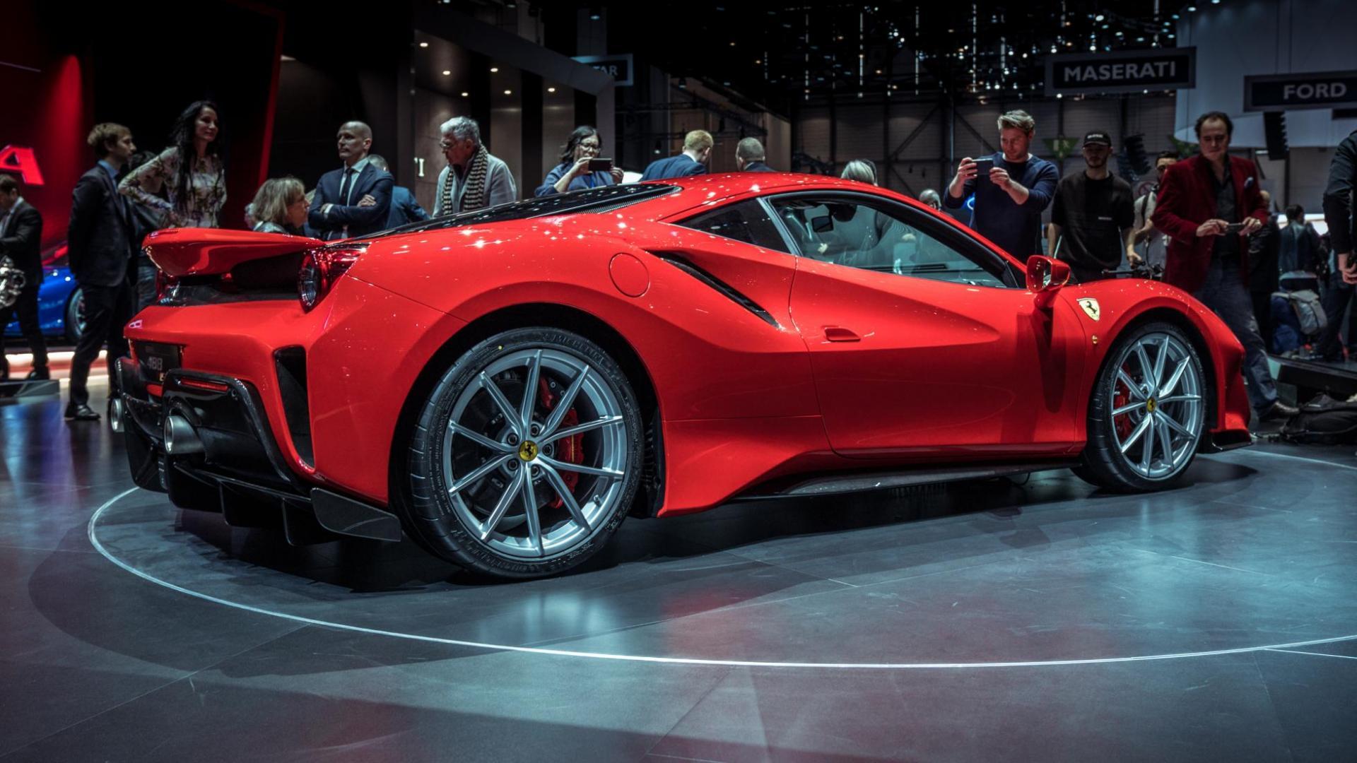 Ferrari 488 Pista (2018)