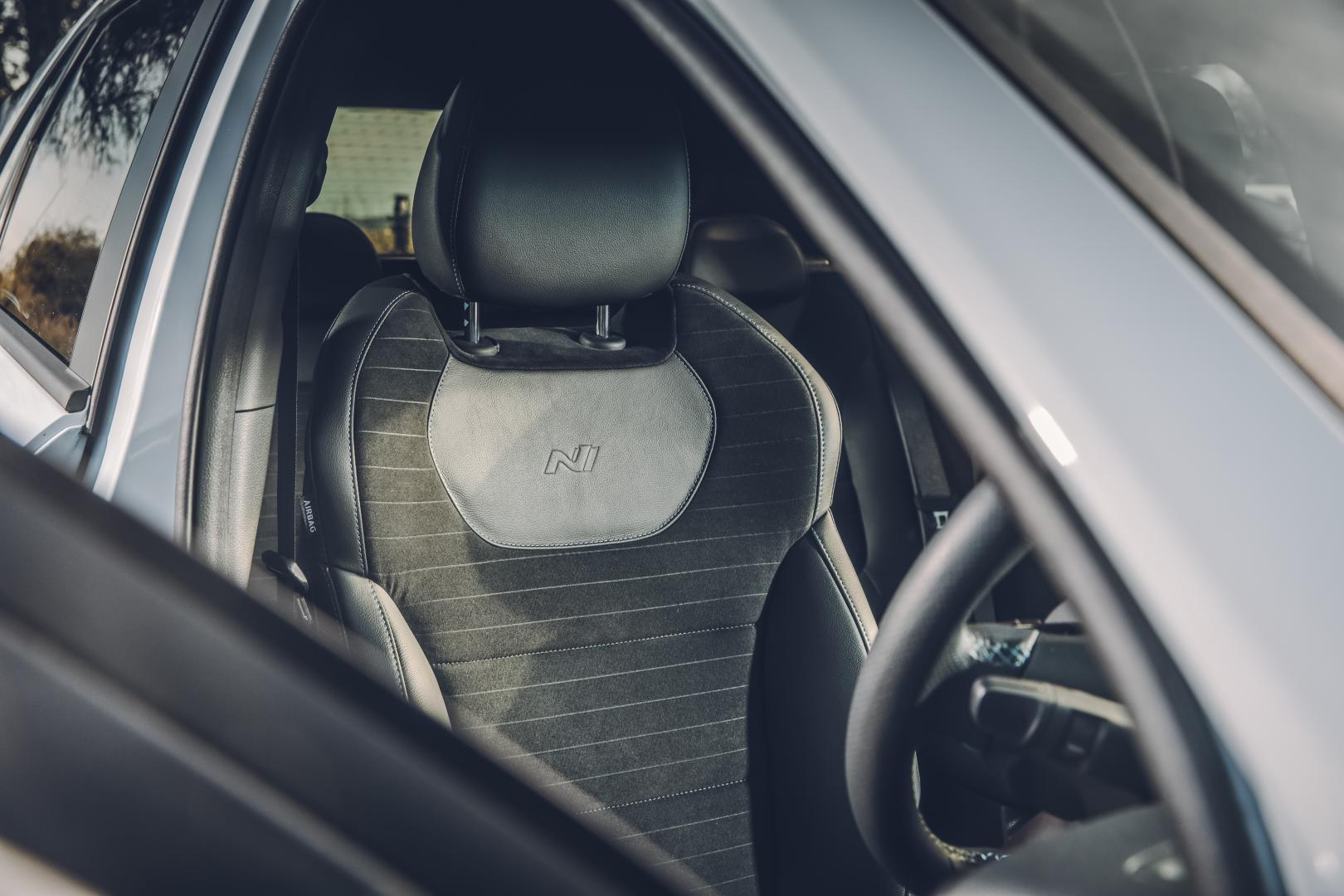Hyundai i30 N stoel (2018)