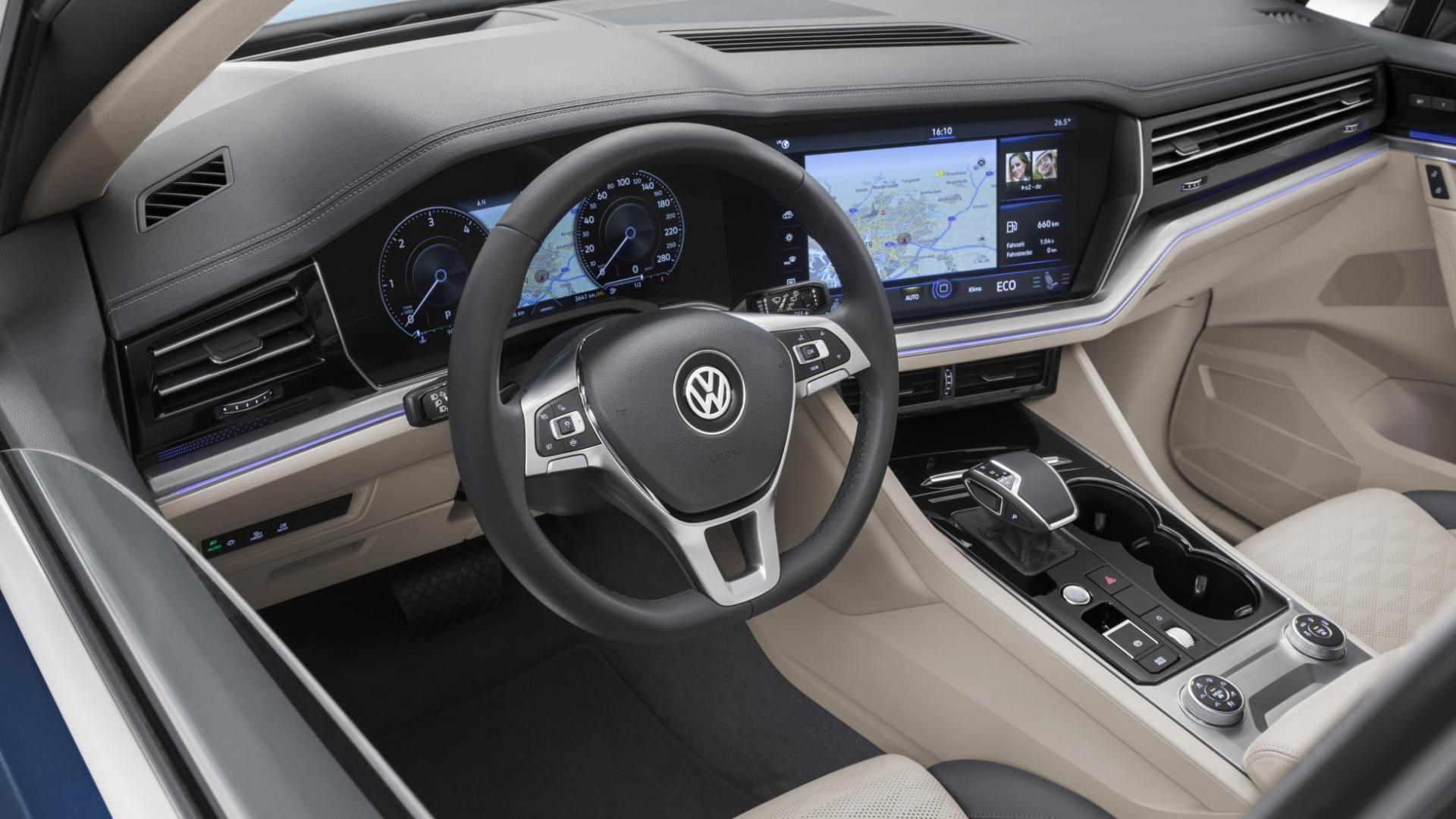 volkswagen touareg 2018 foto 39 s en specificaties topgear. Black Bedroom Furniture Sets. Home Design Ideas