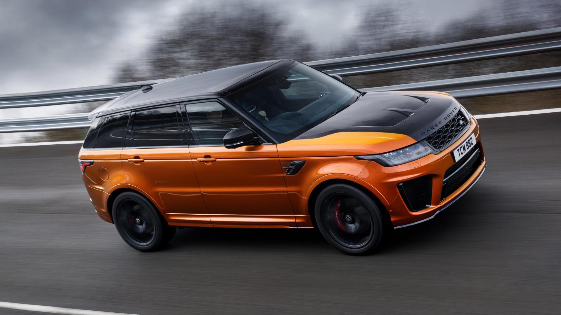 Land Rover Range Rover Sport SVR kombaan bocht