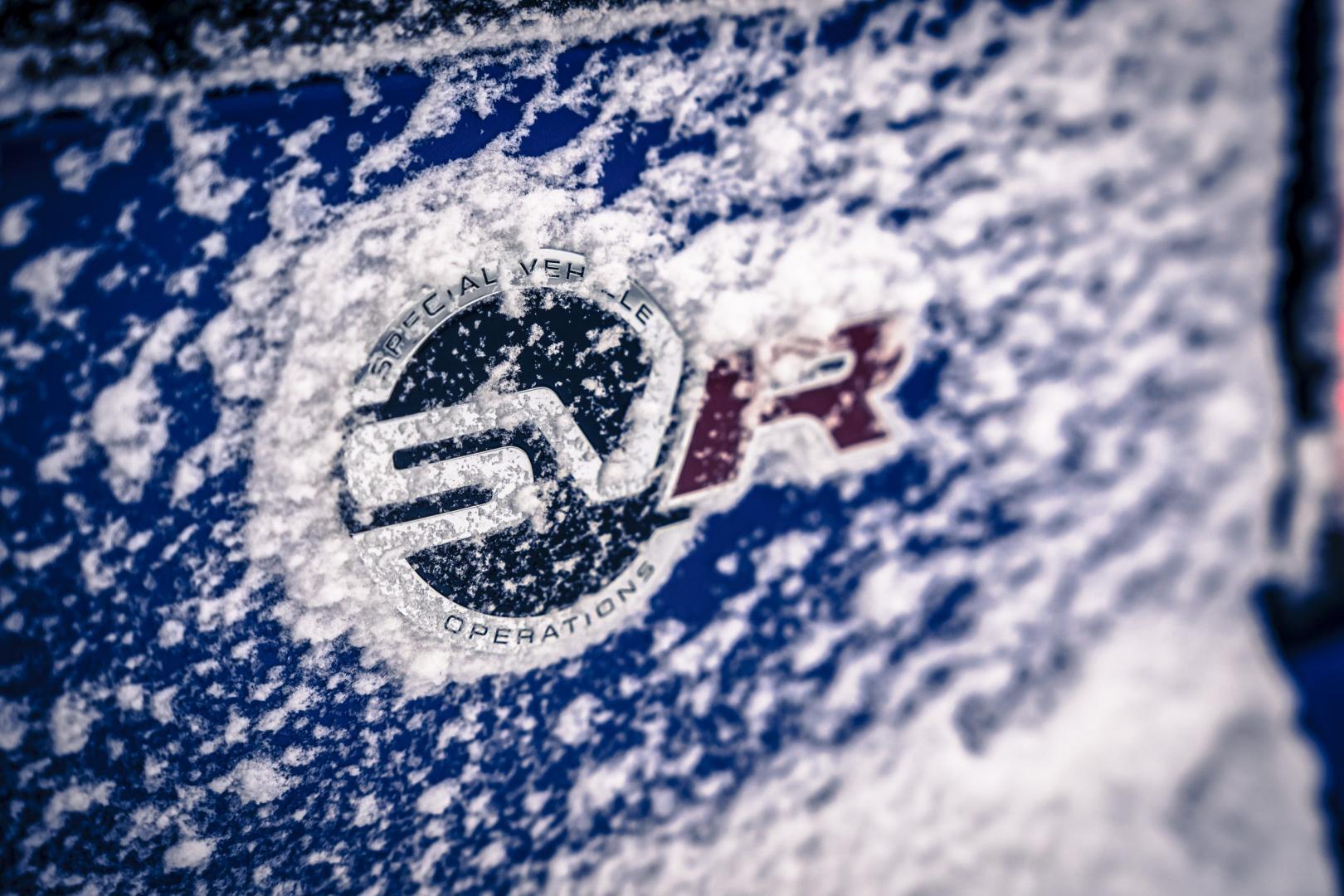 Range Rover SVR sneeuwpret