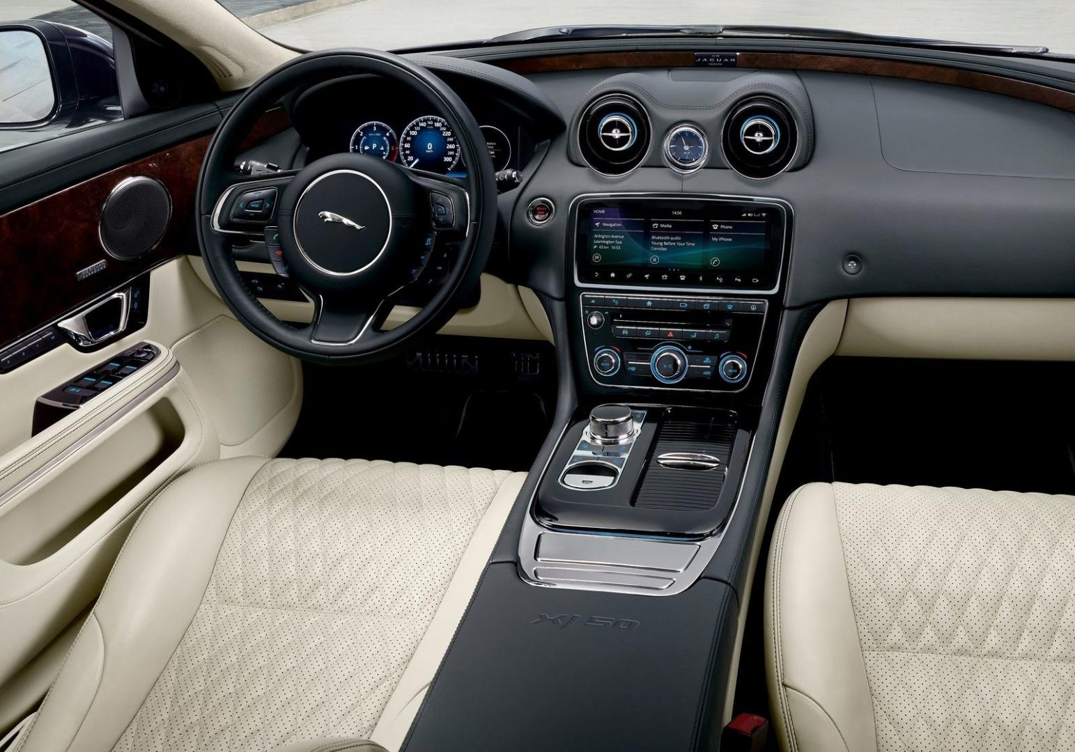 Jaguar XJ50 interieur (2018)